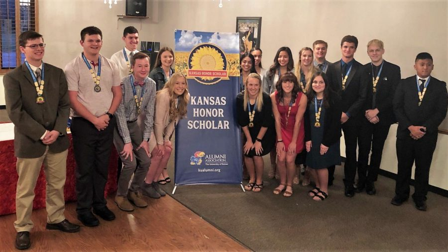 GBHS Students Named Kansas Honor Scholars
